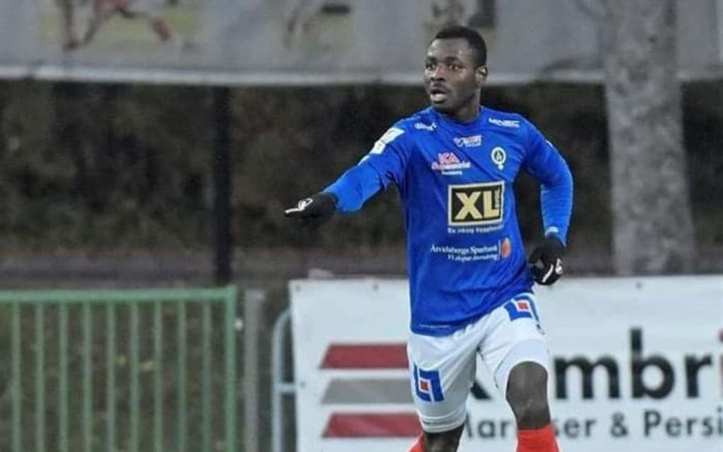 Defender Ishmael Koroma extends Åtvidabergs' contract