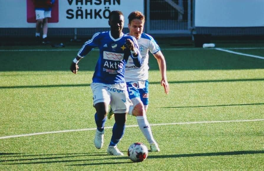 Midfielder Foday Conteh agrees new Vasa IFK contract