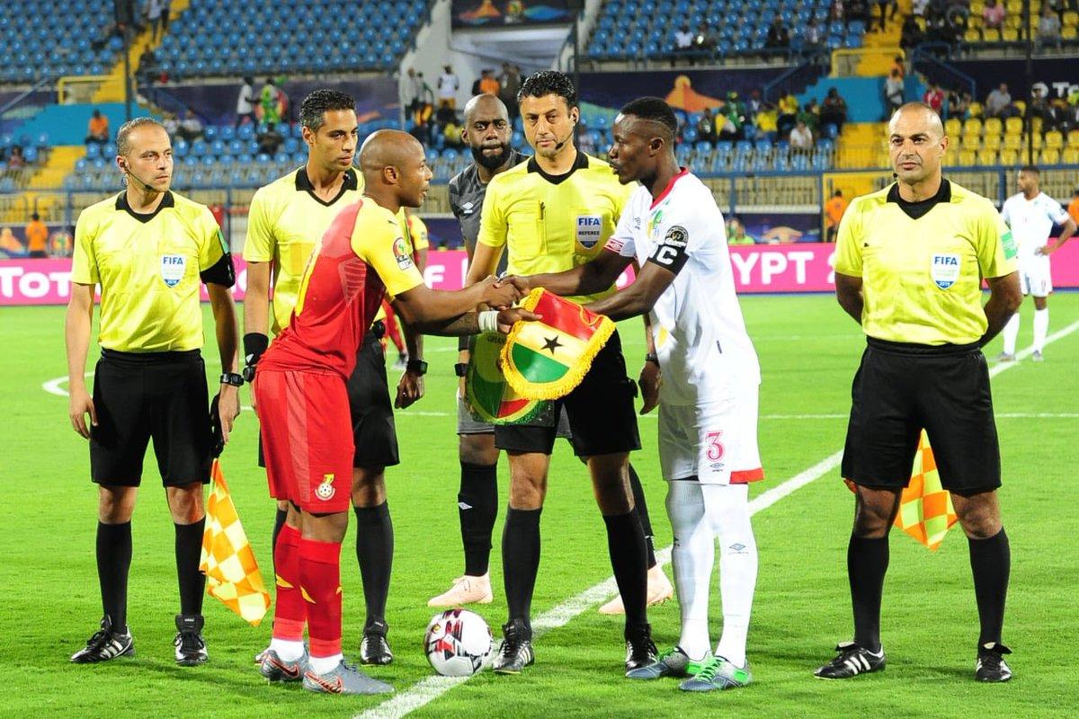 wholesale dealer 269b7 78629 10-man Ghana Black Stars draw in AFCON opener