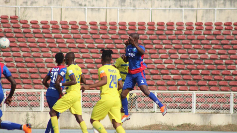 Nigeria football league fixtures suspended