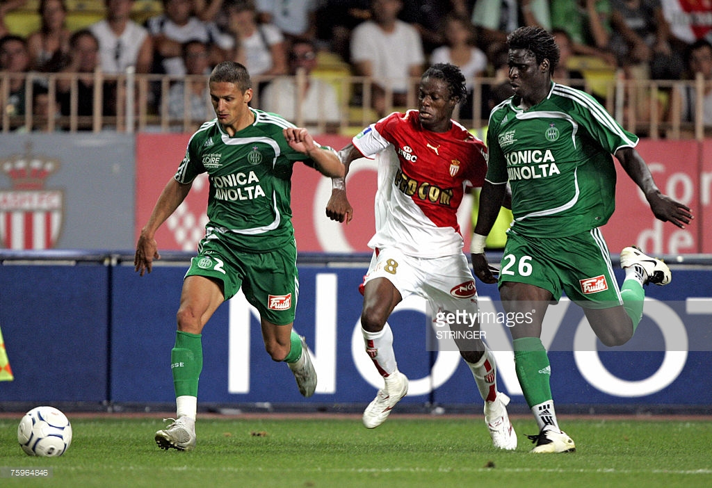 Throwback: Monaco striker Mohamed Kallon (C) from Sierra Leone vies with Saint-Etienne Cedric Varault (L) and midfielder Mustapha Bayal Sall (R) from Senegal Sallduring the French L1 football match Monaco/Saint-Etienne, in Monaco, 04