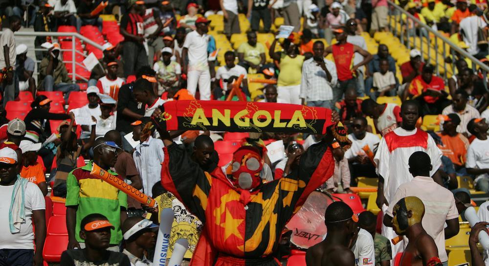 Seventeen killed in Angola stadium stampede