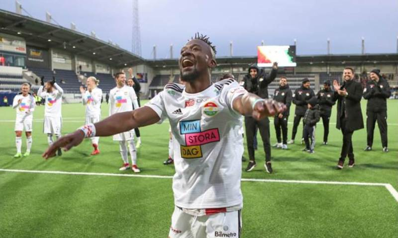 """Buya Turay in a Jubilant mood celebrating with the Dalkurd fans """