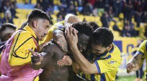"""Alhassan Kamara and teammates celebrated his winner over AEK Athens on Saturday. """