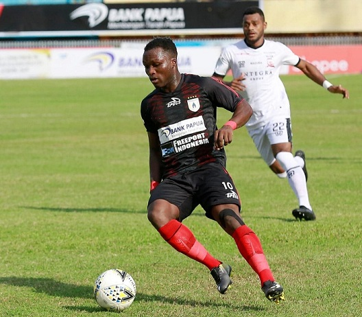 Conteh enjoying life at Persipura Jayapura under new boss