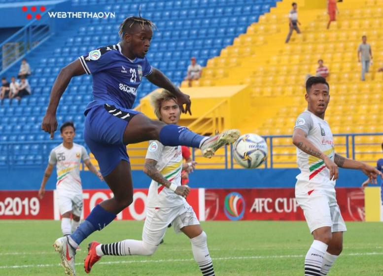 Striker Mansaray joins V-League side Ho Chi Minh City