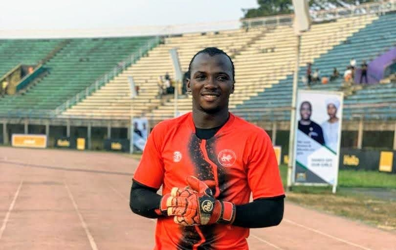 Keeper Kamara out for up to six weeks