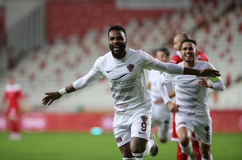 Gabon's striker Aaron Boupendza takes Hatayspor's tally to nine