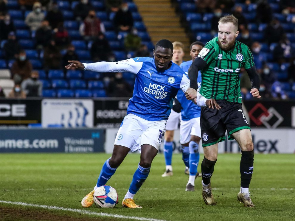 Idris Kanu in action against Rochdale