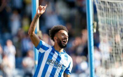 Creative Sorba Thomas nets as Huddersfield ease past Reading
